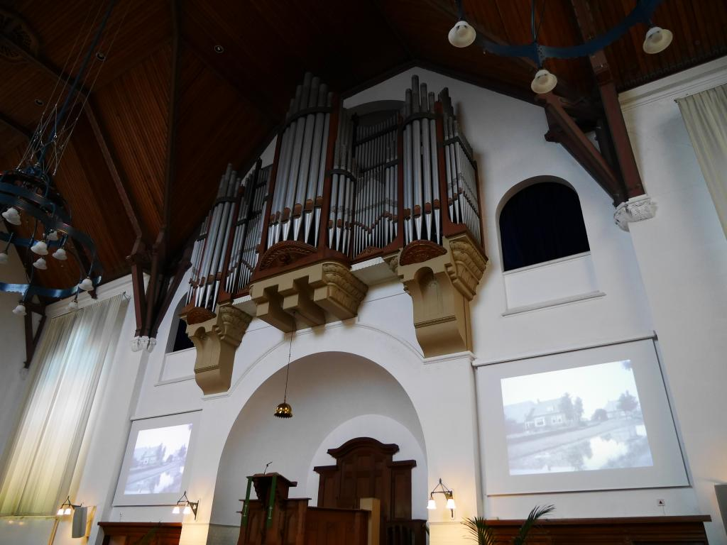 Orgel met film wildervank.jpg